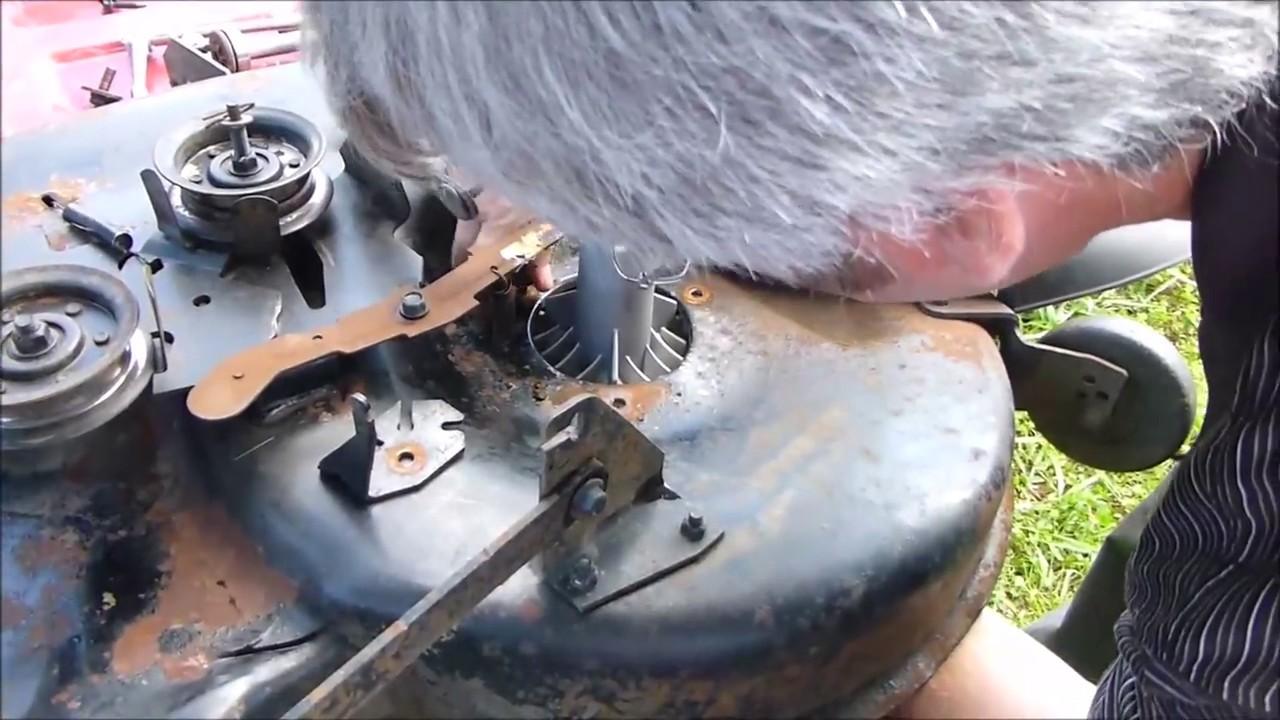 Craftsman Lt 2000 lawn mower  Deck blade spindle repair
