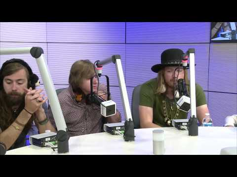 A Thousand Horses Performs at Seacrest Studios