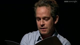 Tom Hollander reads Dylan Thomas' undiscovered drinking dity - Newsnight