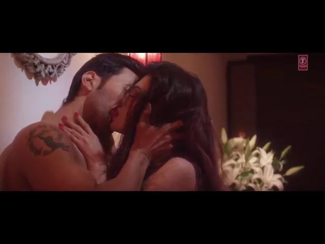 Bollywood Hot Kissing Video