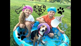 Doggy Dog Bath Time for New Puppy! Baby Gia and Gav Fun!! Cute Bubble Outdoor Play!