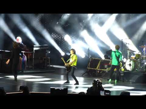 """The Rolling Stones """"Start Me Up"""" Live - Rose Bowl 2019"""