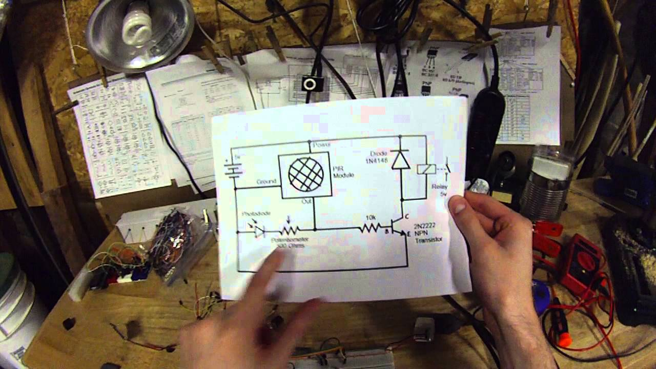 security light circuit tutorial motion sensing light detecting relay  [ 1280 x 720 Pixel ]
