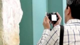 Мексика привлекает туристов перед «Концом света»(( http://ntdtv.ru ) В то время как Календарь майя подходит к концу, предвещая в грядущем декабре Конец света, мексик..., 2012-11-20T07:22:45.000Z)