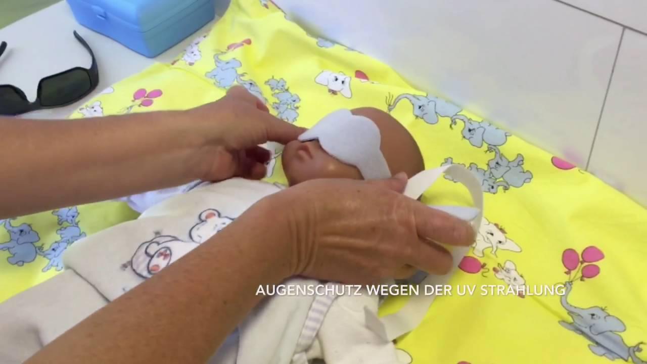 fototherapie bei babygelbsucht youtube. Black Bedroom Furniture Sets. Home Design Ideas