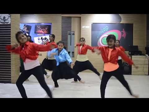 Devrantha Manushya New Kannada Movie Song  D4U Studios All Girls Hip Hop Band