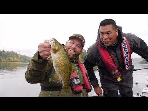 Willamette River Bass Fishing, We Found Some TREASURE!! | Addicted Life Ep. #17