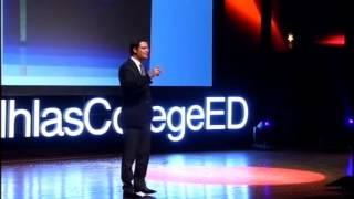 Garson, herkese bir şişe rüya!: Mustafa Muharrem at TEDxIhlasCollegeED