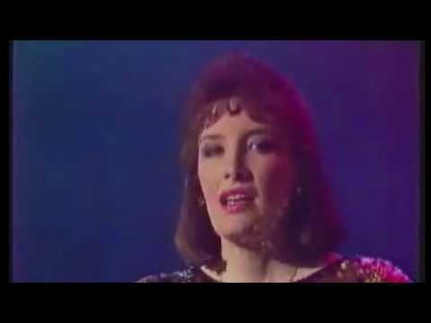 Suzanne Clachair - Ballade Pour Adeline (Music Video)