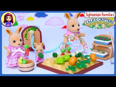 Sylvanian Families Calico Critters Kangaroo Family Vegetable Garden Set Silly Play – Kids Toys