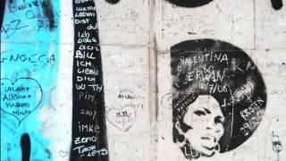 """Garry Hughes - """"Viva La Revolution!"""""""
