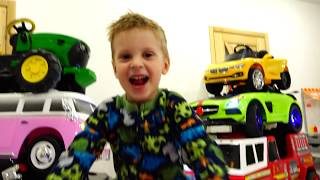 Max and Magic transform colored Toy Cars