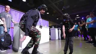 Dr DisRespect Dancing with Mini Dr Disrespect @TwitchCon 2017
