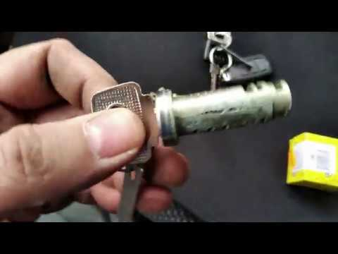 Как заменить замок багажника ВАЗ 2114