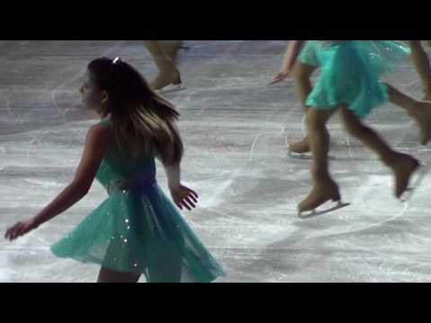 Istage - Sydney girls ice skating with Disney