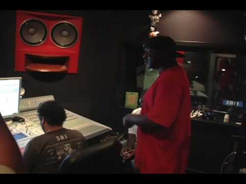 T-Pain Live Recording Session (I'm In Love Wit My Money)