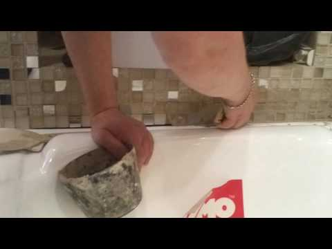 как затереть шов между ванной и стеной можно нельзя