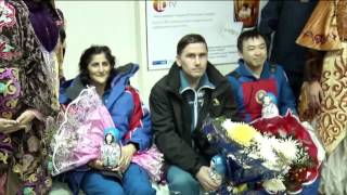 Expedition 33 Crew Receives a Warm Welcome in Kazakhstan and Russia