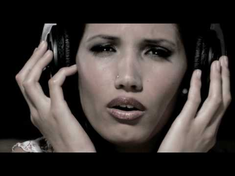 "VIDEOCLIP ""Amor por Tango"" INDIA MARTÍNEZ - SINLACHE thumbnail"
