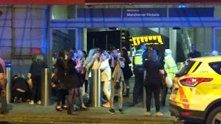 أخبار عالمية | شرطة #لندن تعيد فتح محطة فيكتوريا كوتش بعد فحص عبوة مريبة