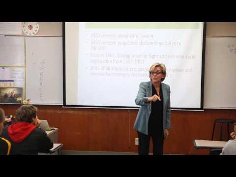 Gov. Jennifer Granholm Speaks at O