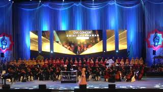Video Fatin Shidqia Lubis Special Perform Featuring Dwiki Dharmawan download MP3, 3GP, MP4, WEBM, AVI, FLV Mei 2018