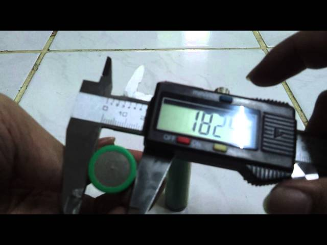 20140215 124153 Panasonic NCR18650A Non vs Protected #3