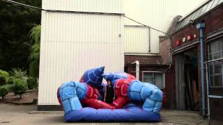 fe84 14 no 19 the world in pictures   bouncy castle richard lowdon