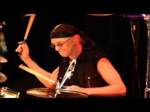 01 - Bohr Bishop AK - (Live In The Rehersal Studio!)