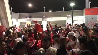 Hinchada de la Blanquiroja cantando previa al partido Peru vs Estados Unidos
