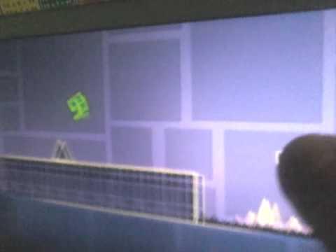 Descargar Geometry Dash (play Store)