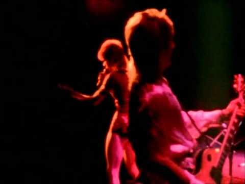 David Bowie - Suffragette City mp3