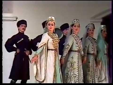 Мусульманский платок: мифы, разновидности и правила ношения