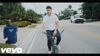 Munn-Loved Us More (Official Lyric Video)
