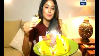 Kritika Kamra celebrates her birthday with SBS; does not tells her age!