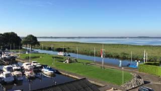 Jachthaven en natuur bij Allround Watersport Kropswolde aan het Zuidlaardermeer