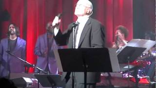Phil Collins - Talking About My Baby[Curtis Mayfield and The Impressions] Live NY 2010