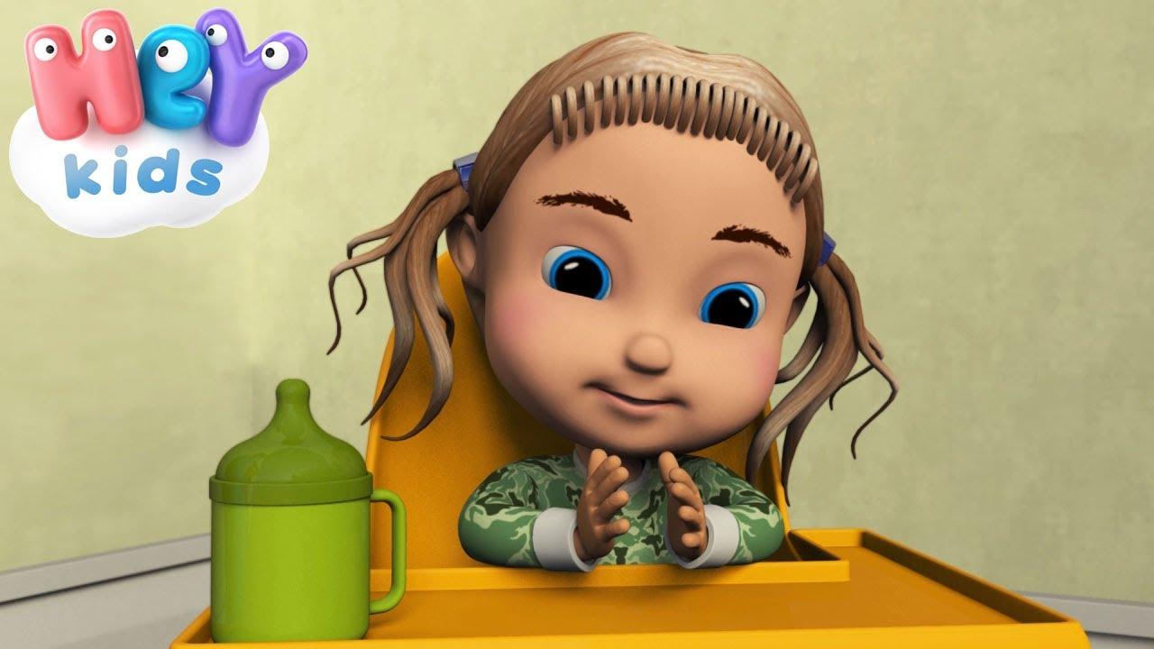 Batti batti le manine canzoni per bambini piccoli youtube for Canzoncini per bambini piccoli