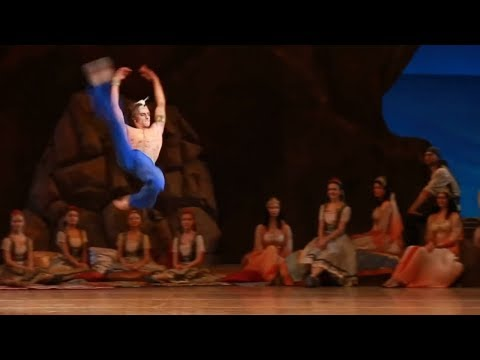 Huge ballet jumps in 1080HD...with Sergei Polunin