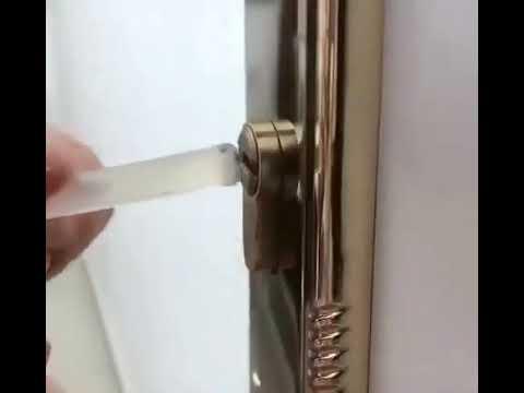 طريقه إخراج المفتاح المكسر داخل الباب Youtube