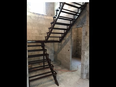 Лестница на 2 этаж из металла своими руками