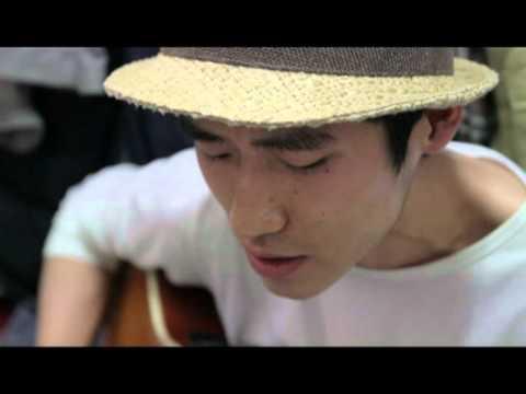 김거지 김거지 - 외롭다고 노래를 부르네