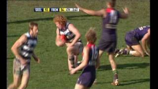 Cameron Ling Takes A  Great Mark v Fremantle Dockers - Round 22 2009