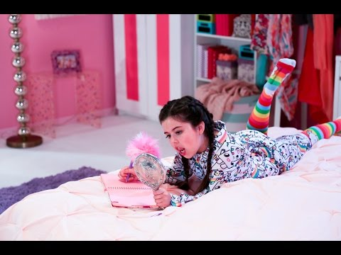 Sophia Grace - Girl In The Mirror - ft. Silento (Official Video)