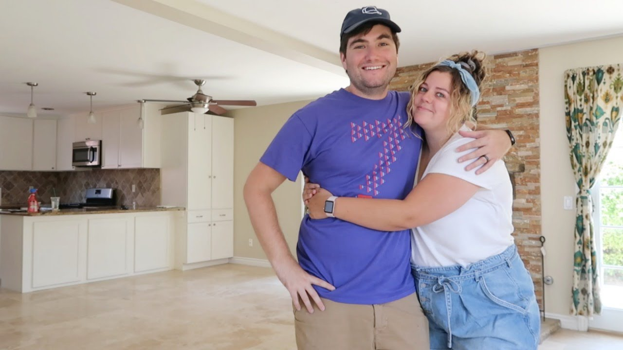 empty house tour of our first home (saying goodbye)