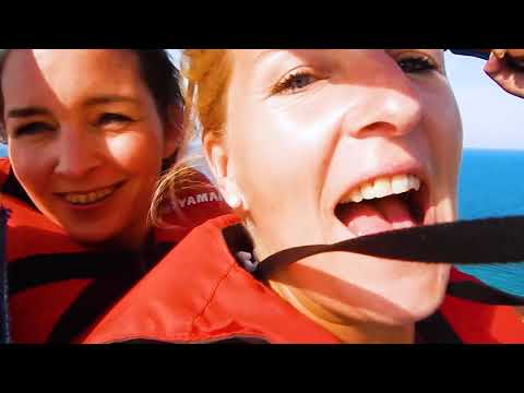 TRAVEL VIDEO - Watersports - Parasailing Tunisia