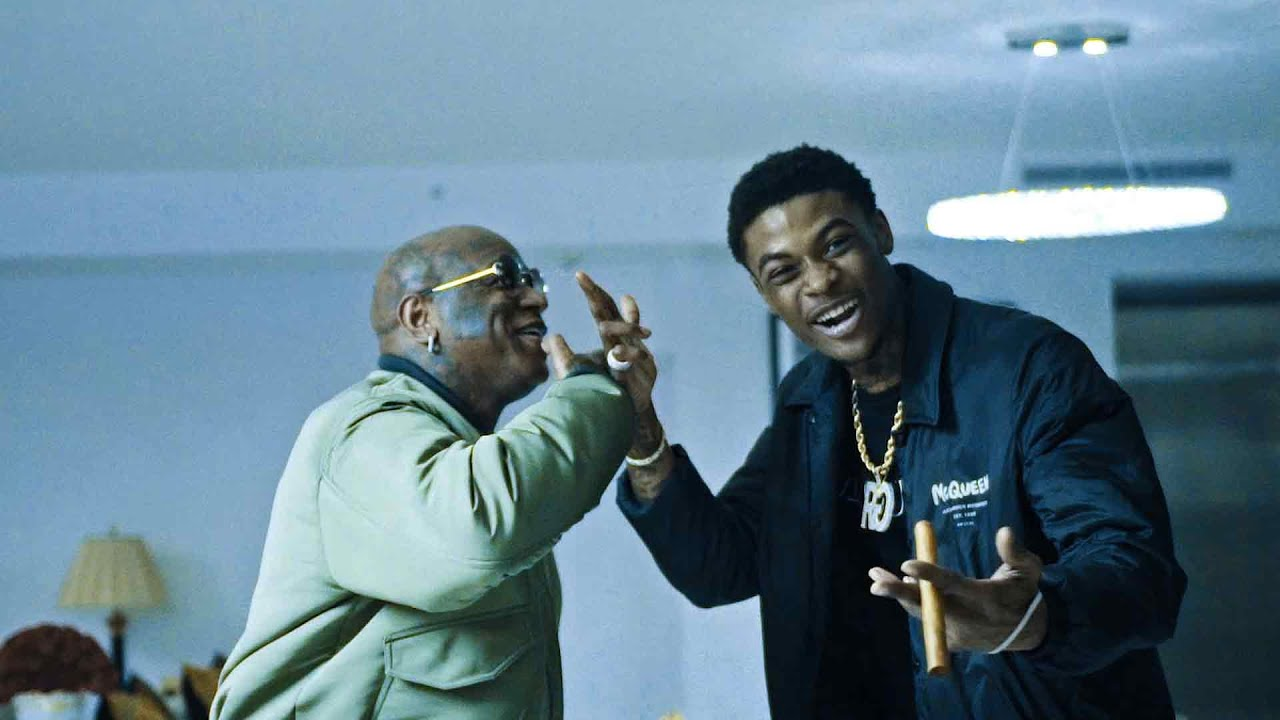 """Reese Youngn Remains On Top of His Game with New Visual """"Smoove"""""""