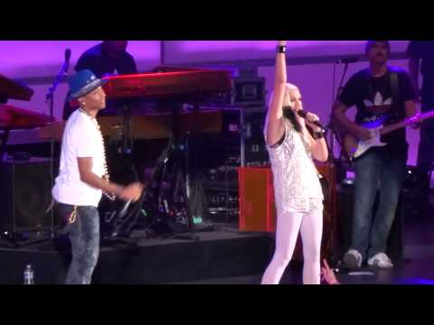 Pharrell Williams with Gwen Stefani