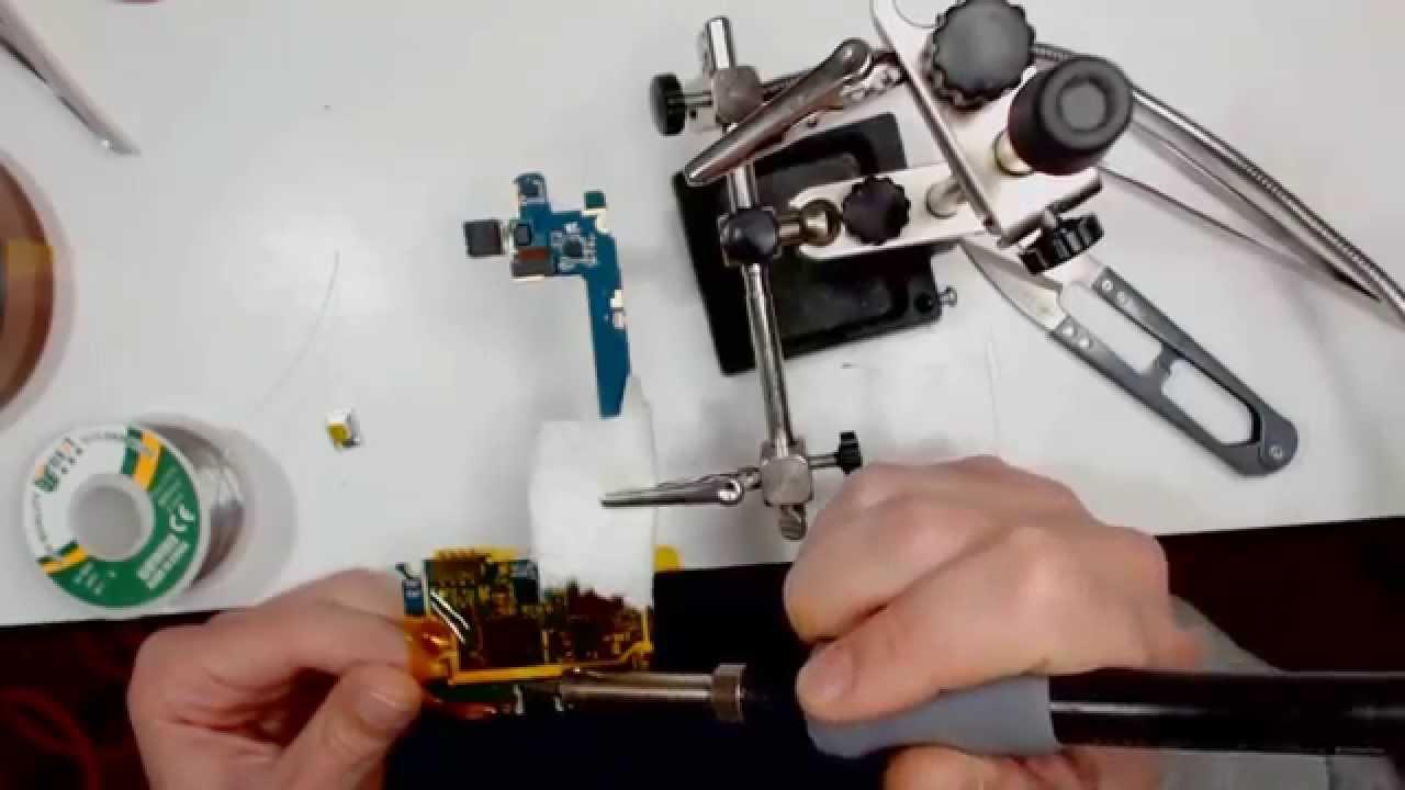 Come aggiustare sostituire connettore di ricarica su un - Riparare porta usb ...