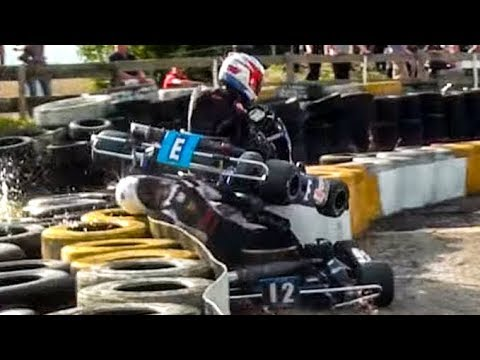CRASH! How Lucky Did the Driver of Kart 12 get?!!